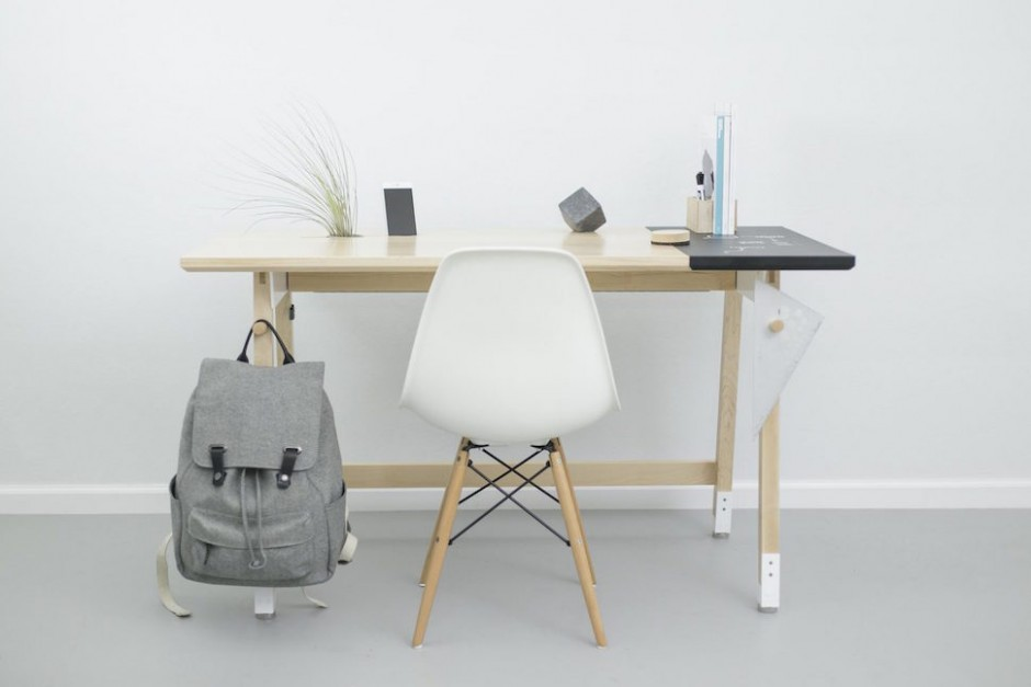 artifox-desk-bikerack1