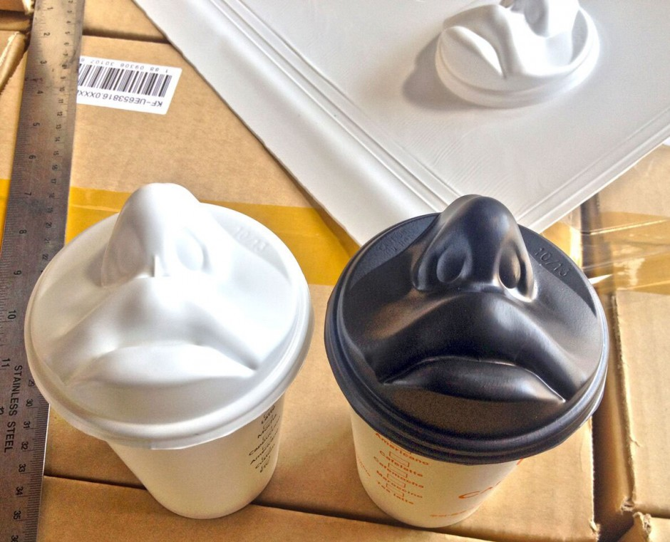 coffee-lid-kiss6