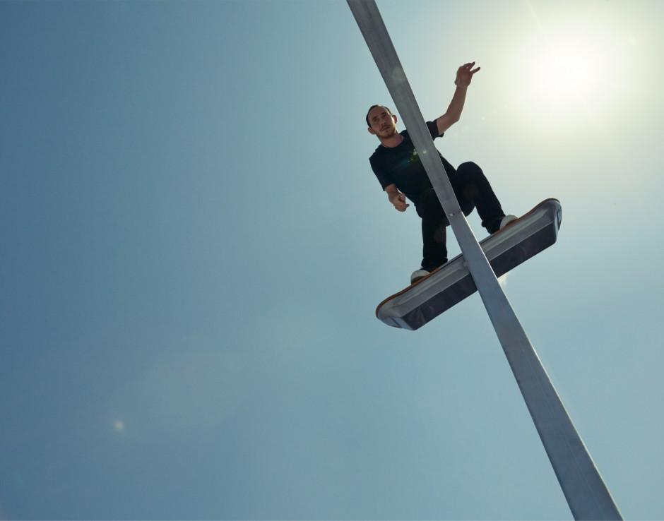 lexus-hoverboard2