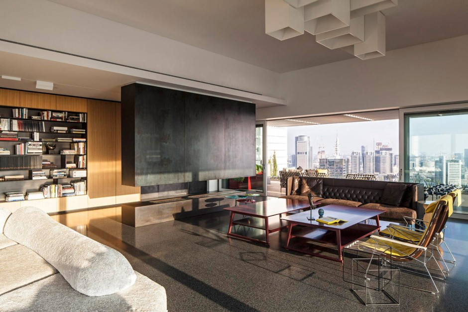 the-art-collector-penthouse-17