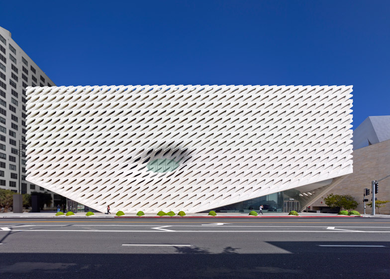 the-broad-museum-la4