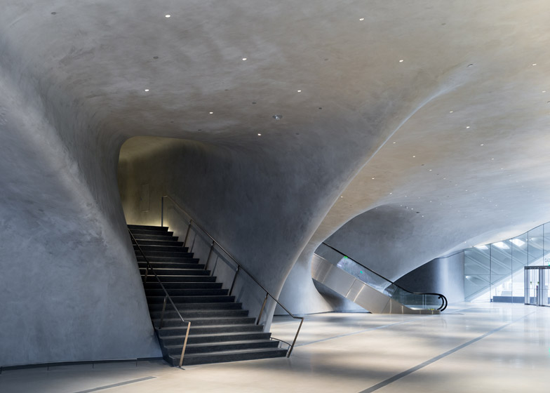 the-broad-museum-la6