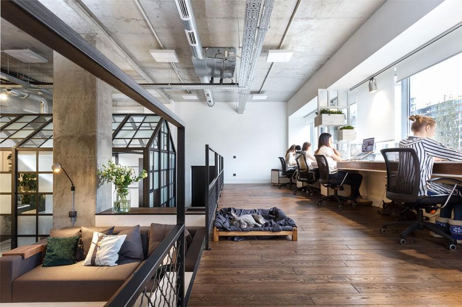 circle-line-interiors-20