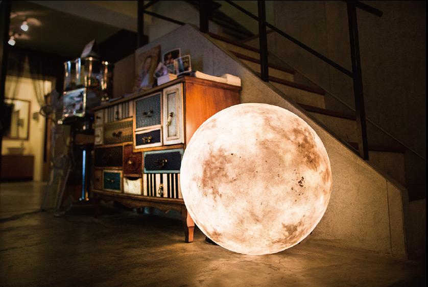 luna-lamp1