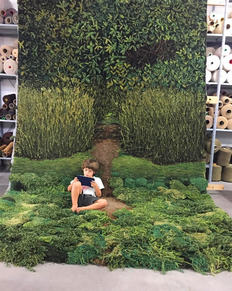 alexandra-kehayoglou-green-carpets