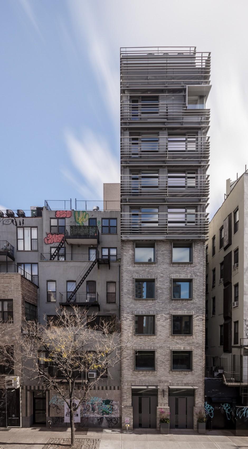 grzywinski-pons-nyc-narrow-house1