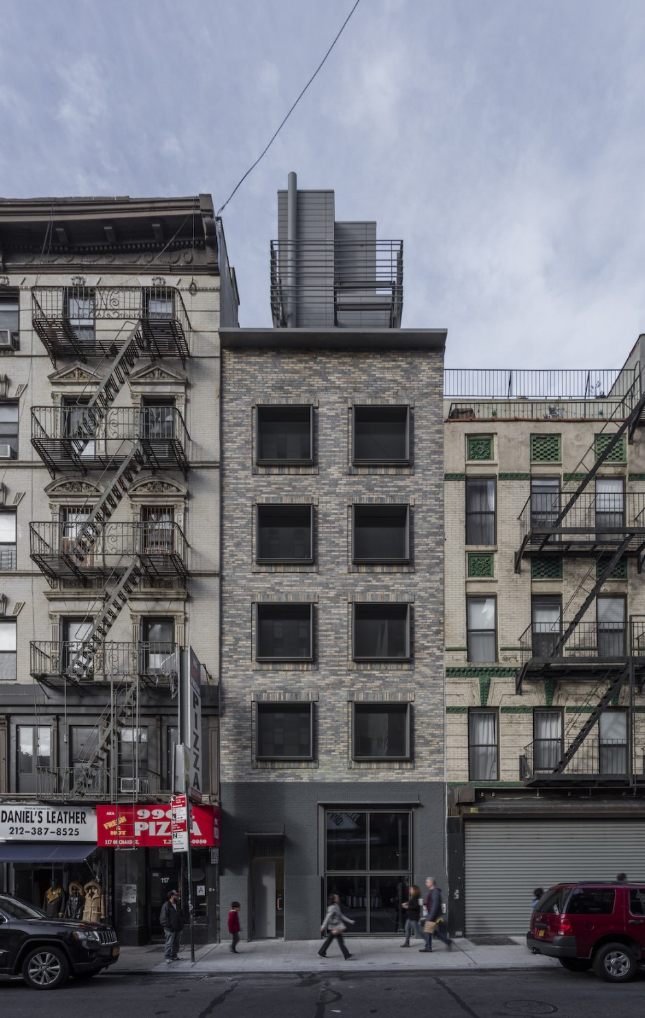 grzywinski-pons-nyc-narrow-house3