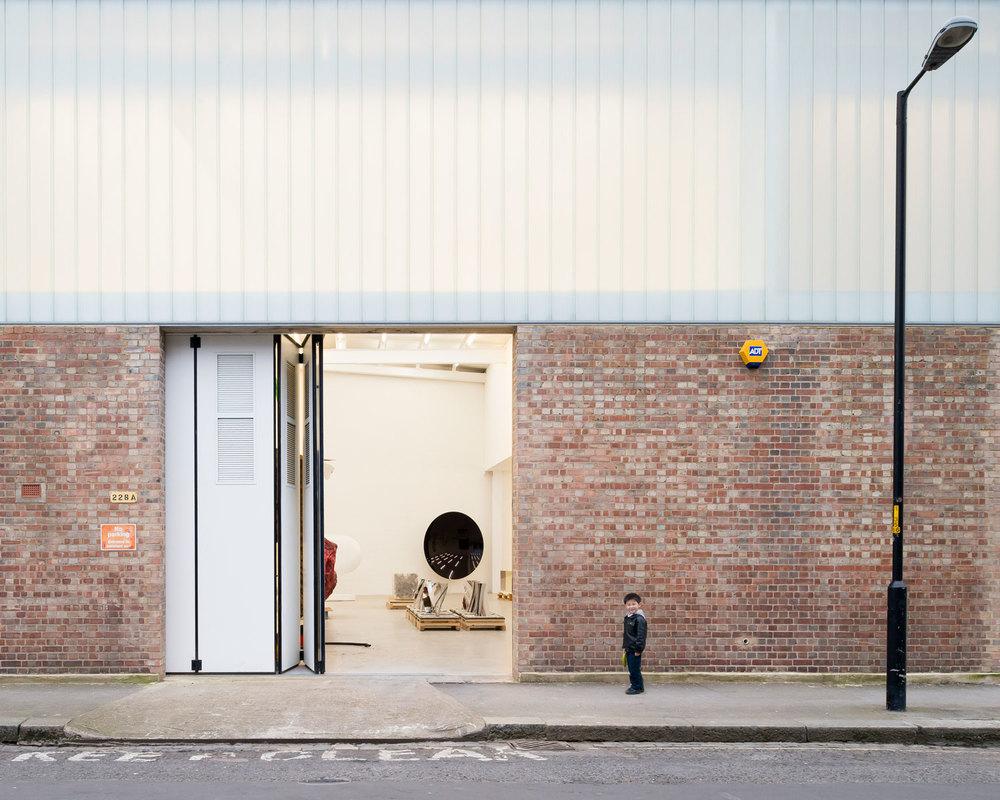 Anish-Kapoor-London-Studios-by-Caseyfierro-Architects-Yellowtrace-01.jpg