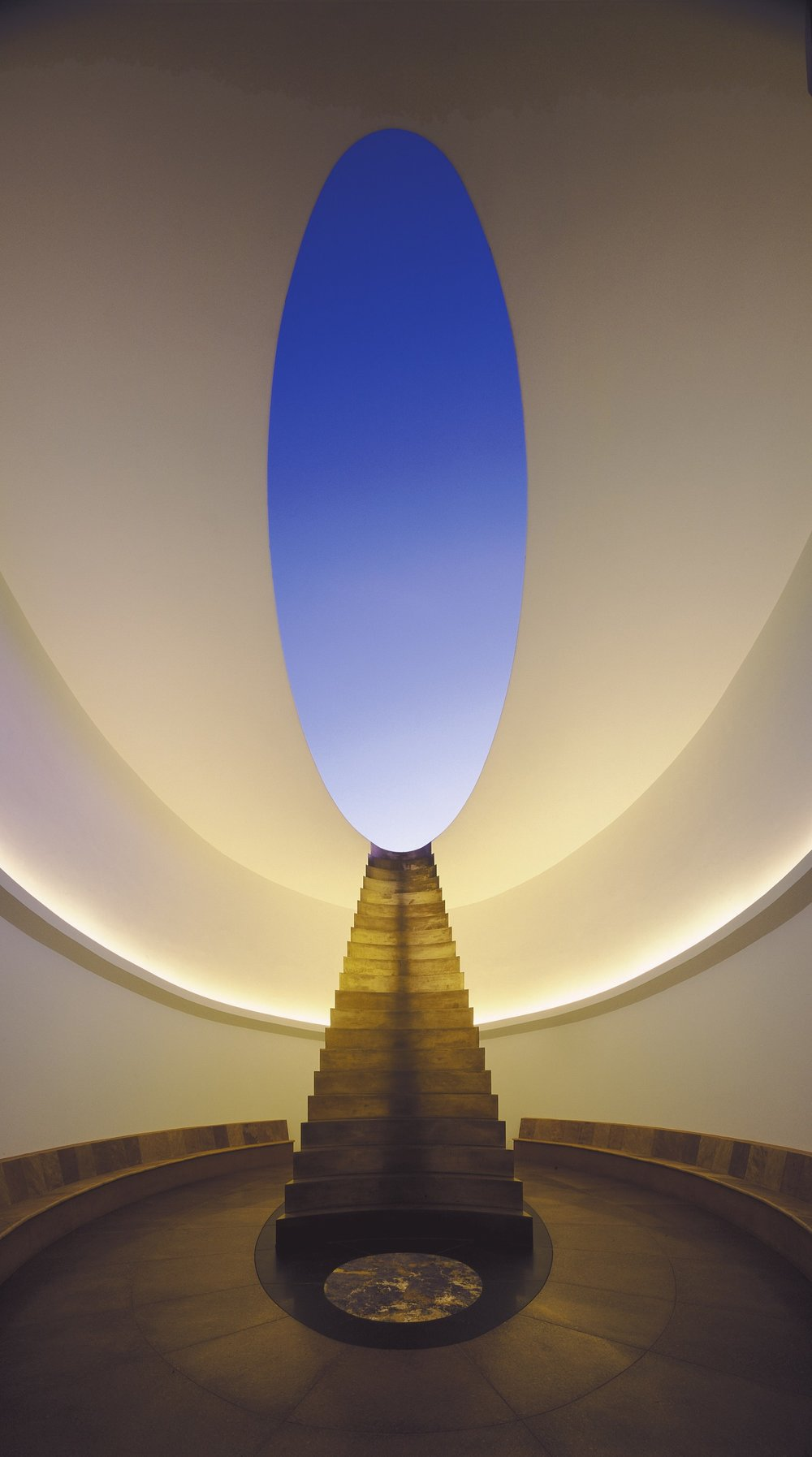 james-turrell-rodencrater6.jpg