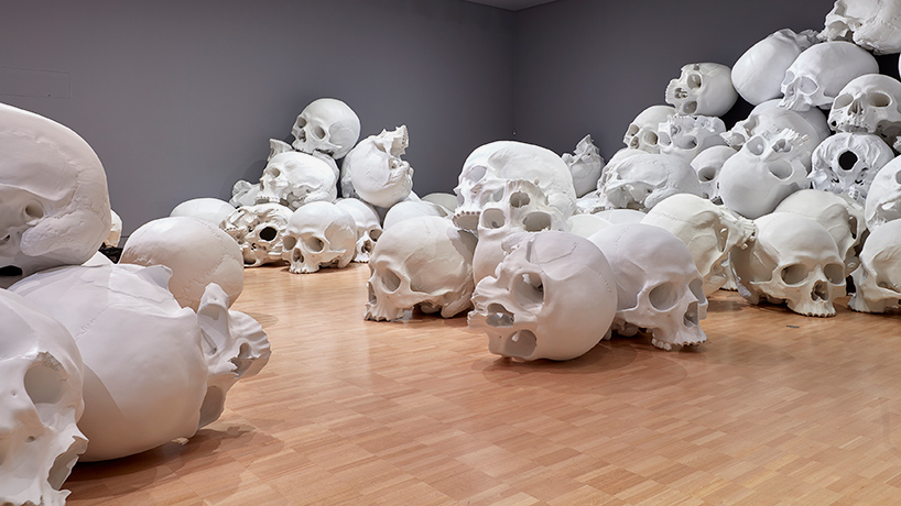ron-mueck-mass-07.jpg