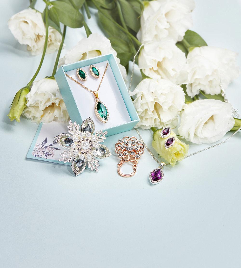 vox-jewellery2.jpg