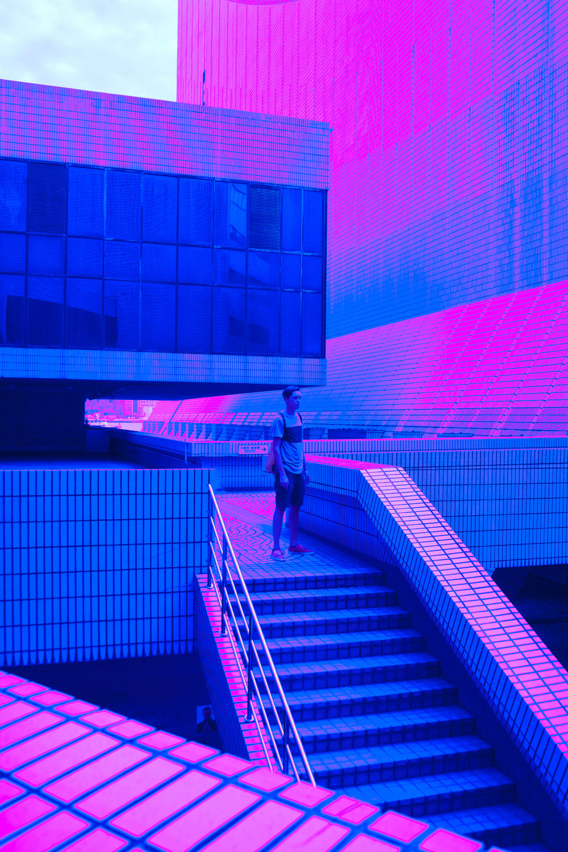 busygina-neon2.jpg