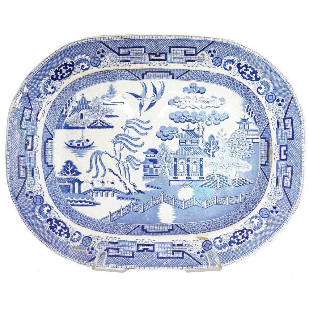 Blue Willow china tells the story of a forbidden love.