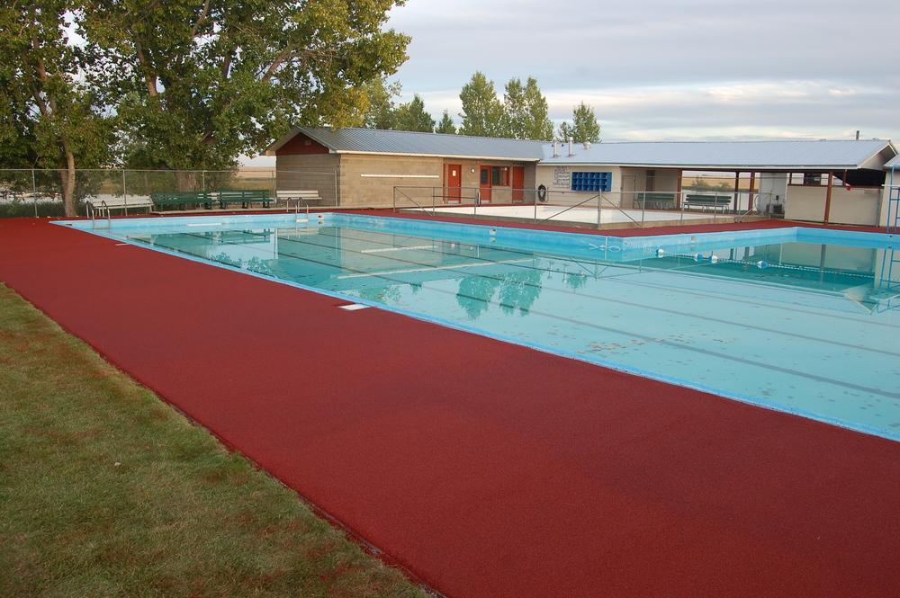 Park Pool Deck.JPG