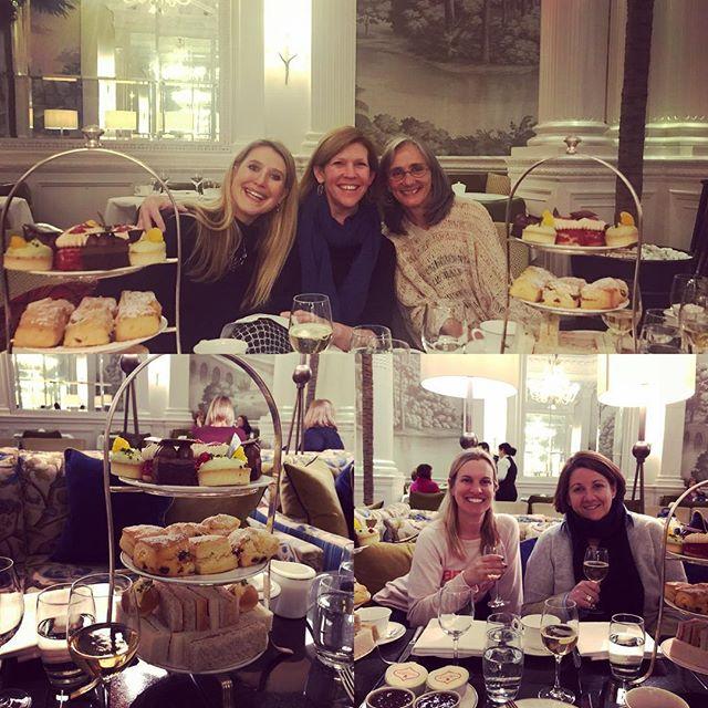 Welcome to Edinburgh! Enjoying tea at The Balmoral! . . . . . #travelwithkingandwhitson  #noteworthy  #travelwithbrownell  @roccofortehotels  @noteworthynicola  #nwtartantour