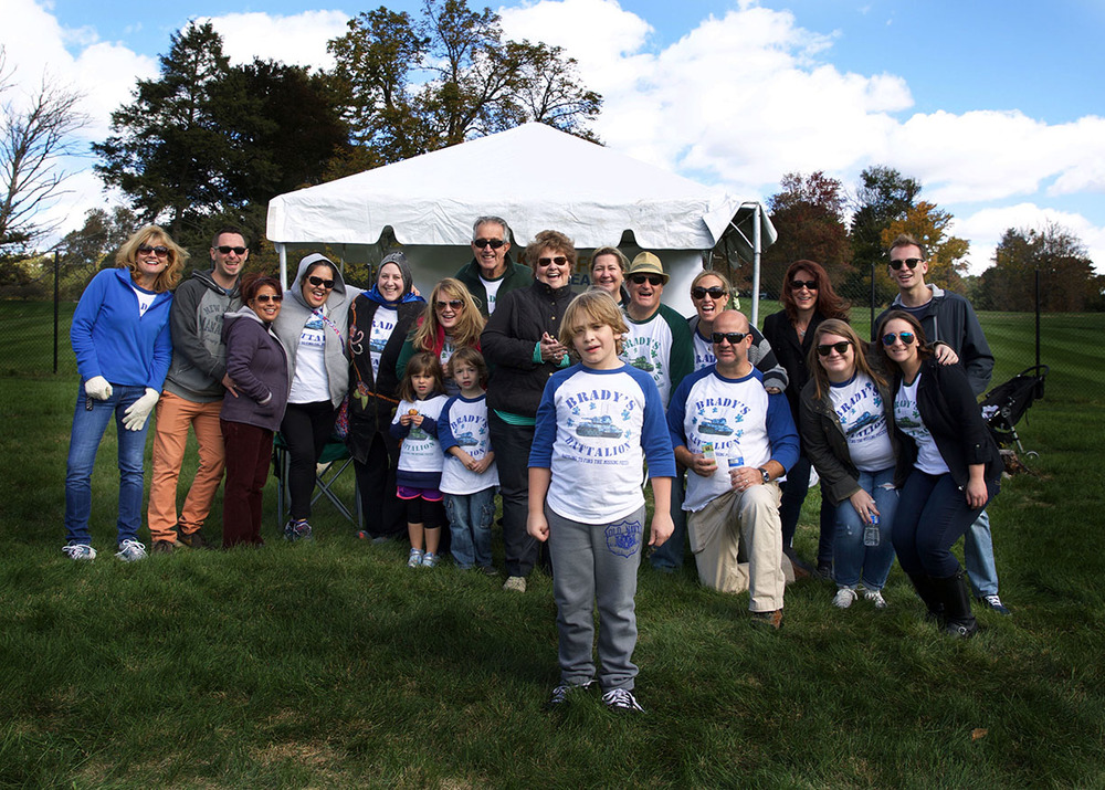 Autism speaks walk swwt boy and family.jpg