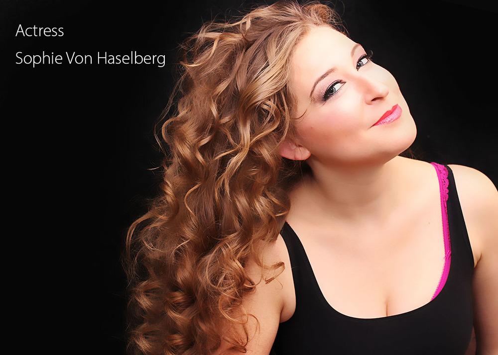 Actor's Headshot_Sophie-vonHaselberg_NYC studio copy.jpg