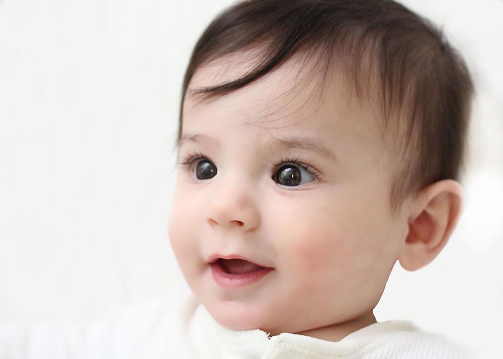 Baby boy portrais 6 months.jpg
