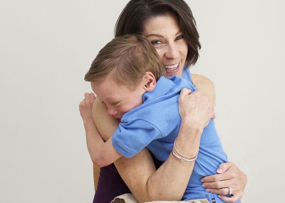 *Mother son hug family photo shoot Stamford CT.jpg