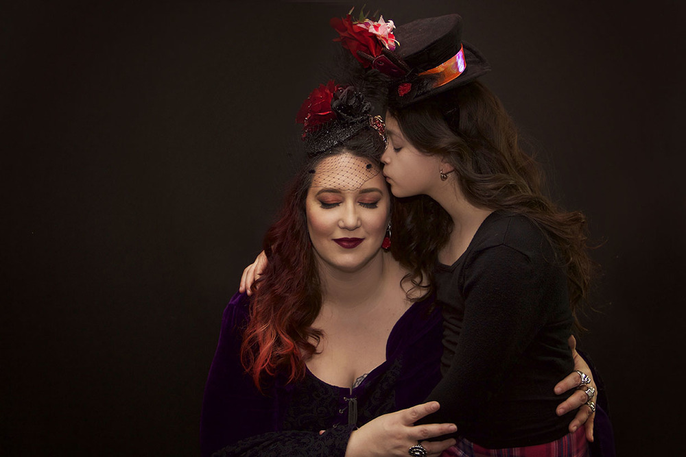 Unique mother and daughter portrait shoot.jpg