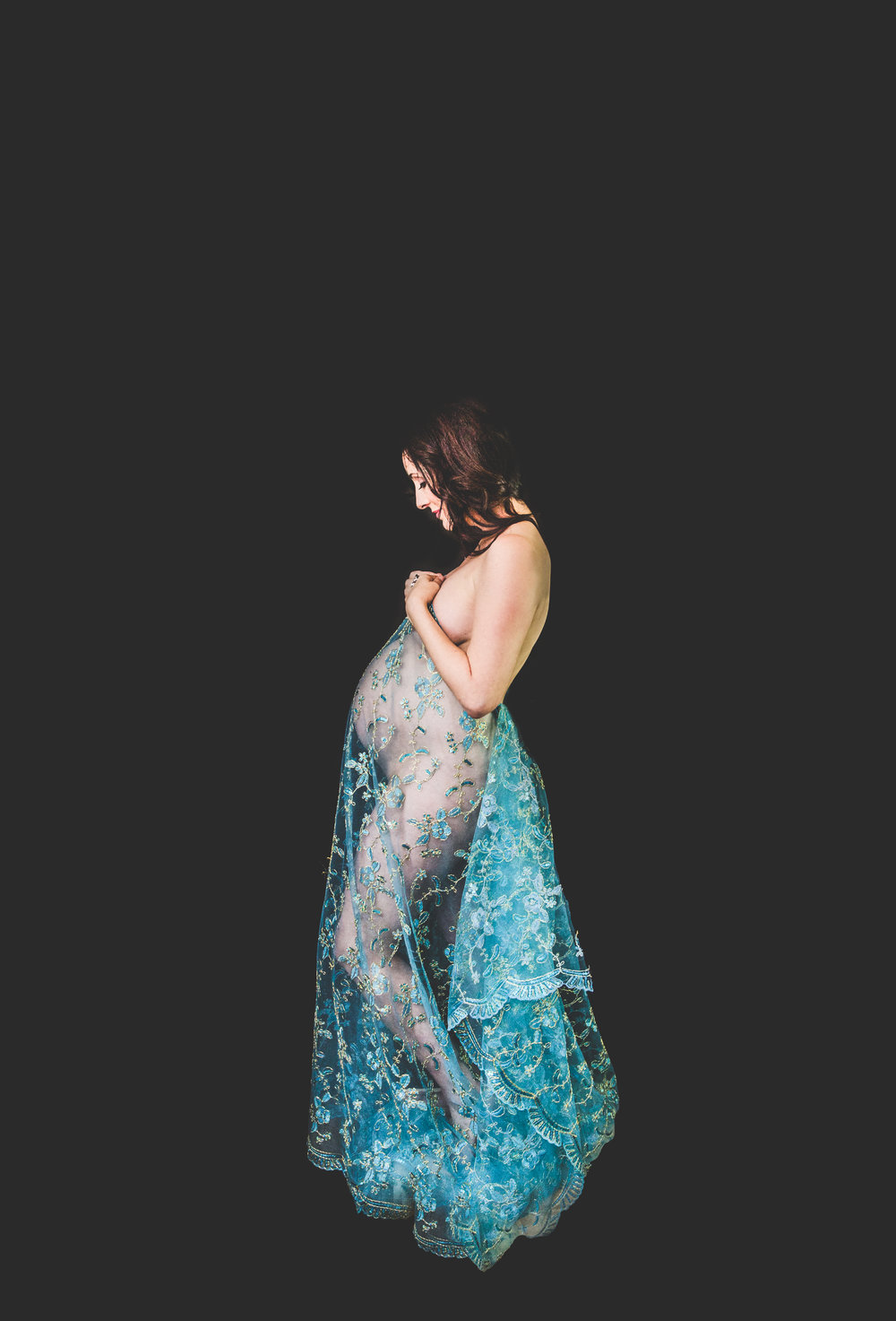 Maternity photographer Connecticut lace studio.jpg