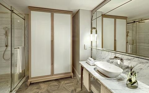 OOLSG-new-accommodation-bathroom-480x300.jpg