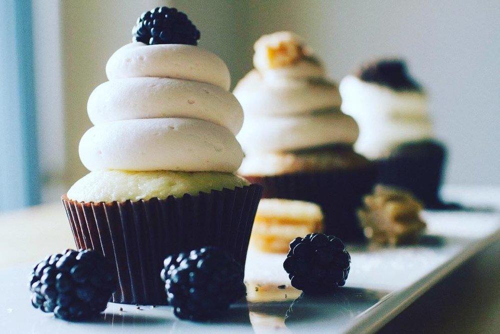 // Crumb and Get 'Em Cupcakes \\ -