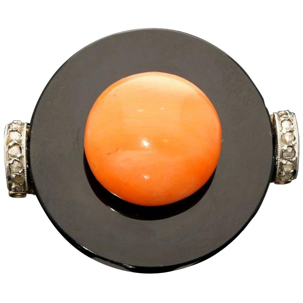 Coral Onyx Gold Ring