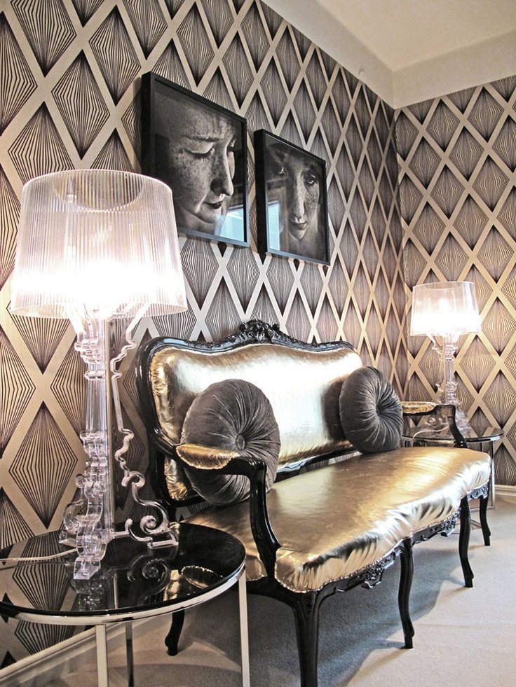 Black and White Art Deco Wallpaper
