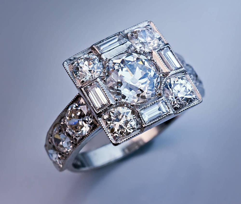 Art Deco Style Jewelry