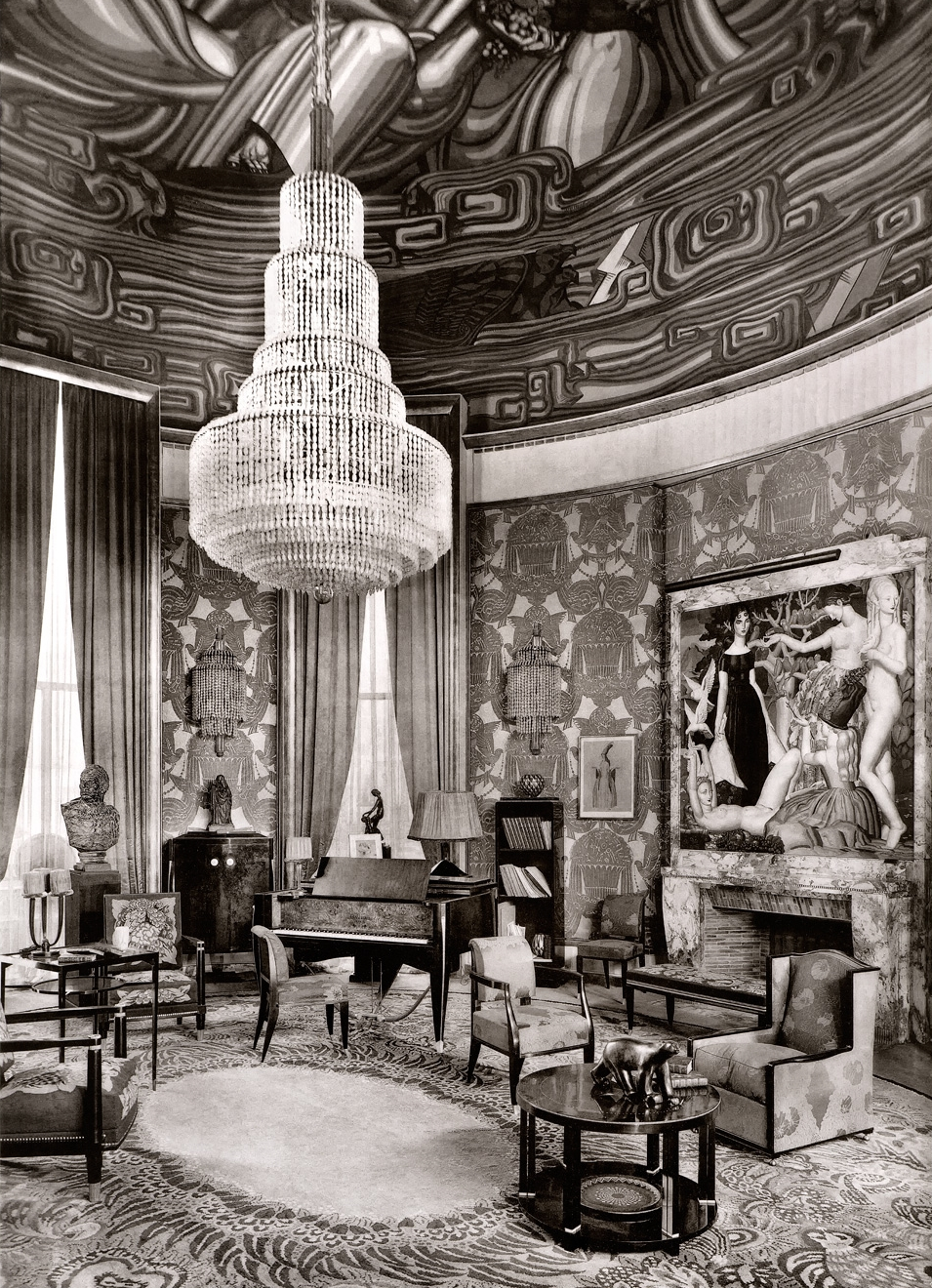 Ruhlmann's Grand Salon exhibit at the 1925 Paris Exposition Internationale des Arts Decoratifs et Industriels Modernes