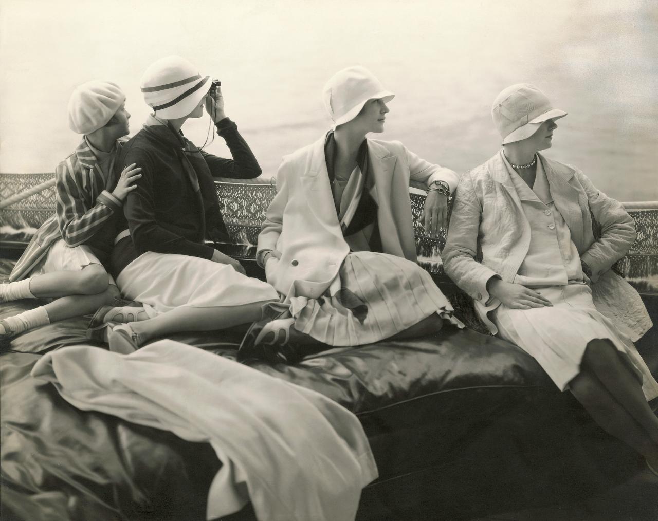 Women's leisure wear in the 30s, photograph by Edward Steichen