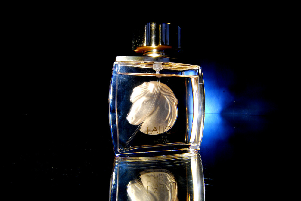 Lalique Perfume Bottle - Image courtesy: Flickr - David