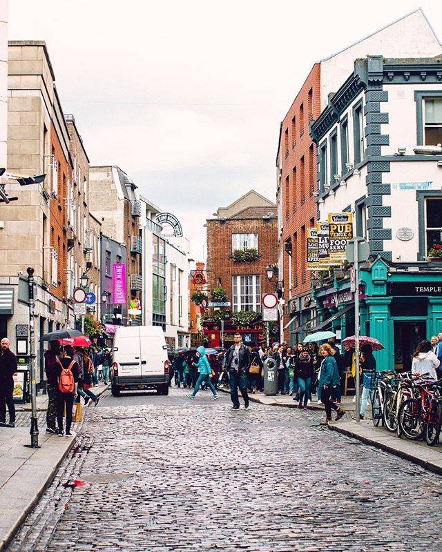 16 hours in Dublin ✔️ Thanks for the pints, bangers & mash and your incredibly friendly people. Off to Berlin! #lovindublin #taylorcolephototravels #alifeofsims