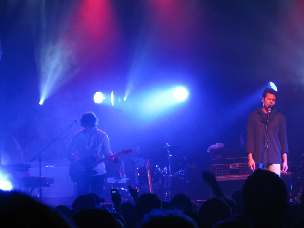 The Temper Trap live in Toronto