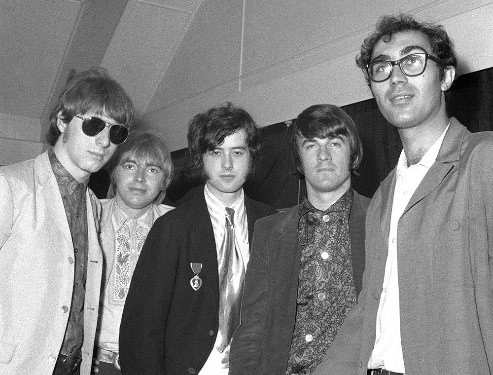 The Yardbirds L to R: Chris Dreja (bass), Keith Relf (vocals), Jimmy Page (guitar), Jim McCarty (drums), with Larry Zetlin from Go-Set Magazine.
