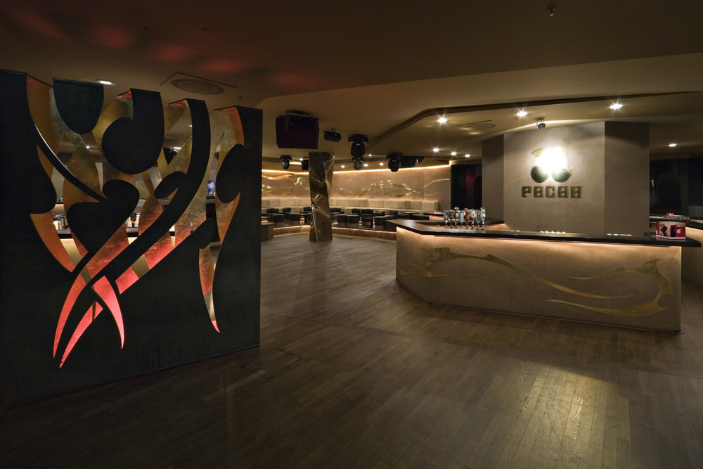 003-interior-design-hospitality-night-club-bar-pacha-muenchen-buero-philipp-moeller.jpg