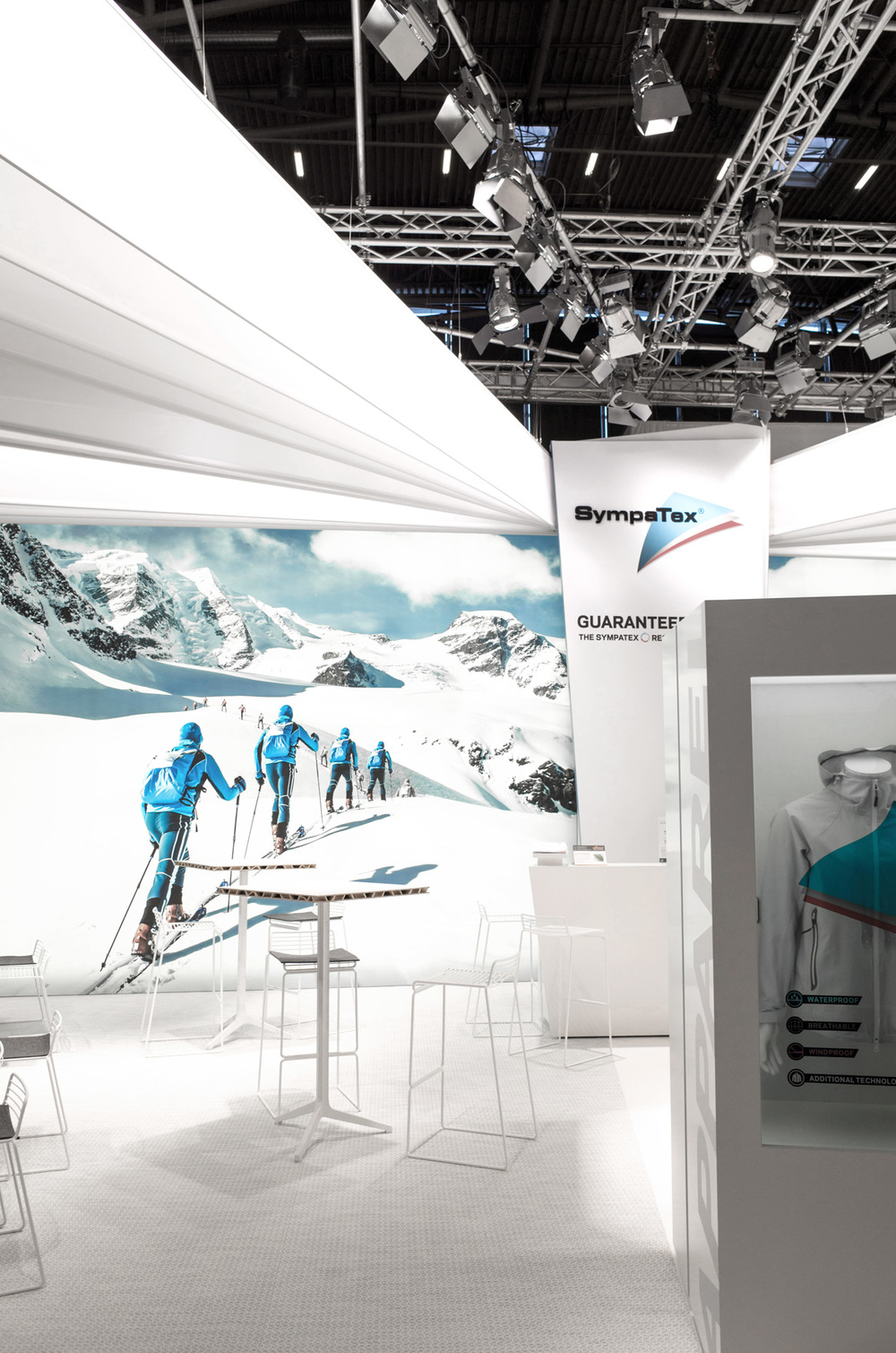 003-sympatex-ispo-trade-fair-design-buero-philipp-moeller-2015.jpg