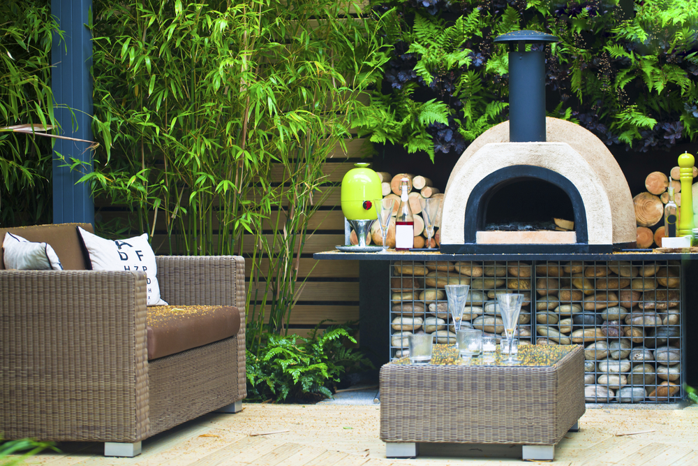Pizza oven in garden