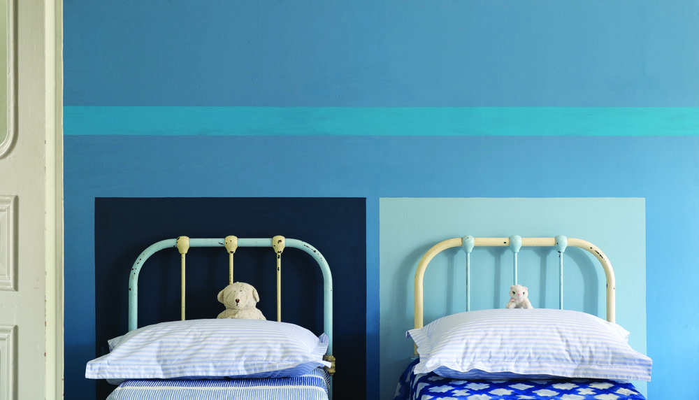 Image credit:  Farrow & Ball . Wall: Cook's Blue® No.237, St Giles Blue® No.280, Stiffkey Blue® No.281 & Lulworth Blue® No.89 Modern Emulsion.