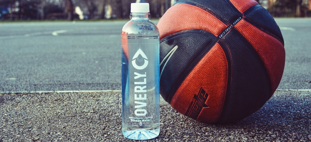 <a strong href=/#hydrate-2-section>ABOUT US.</a strong>