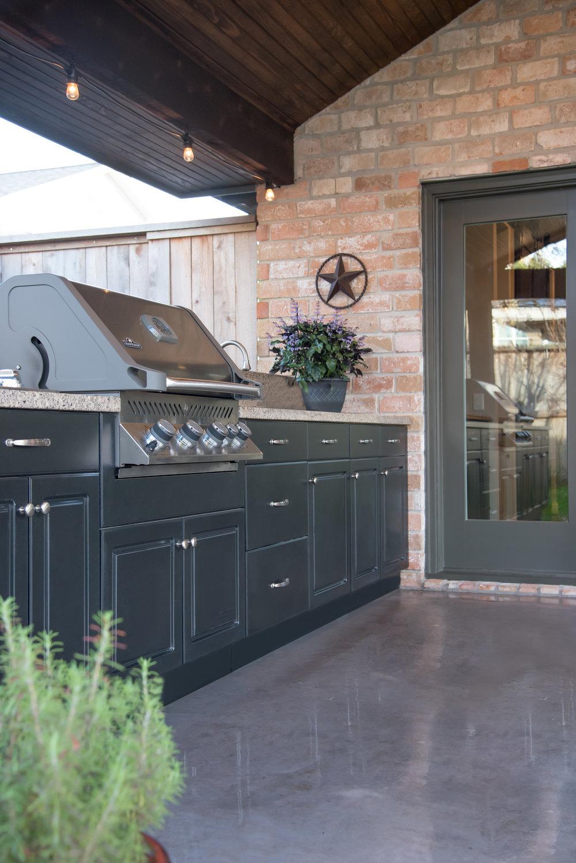 outdoor cabinets 2.jpg