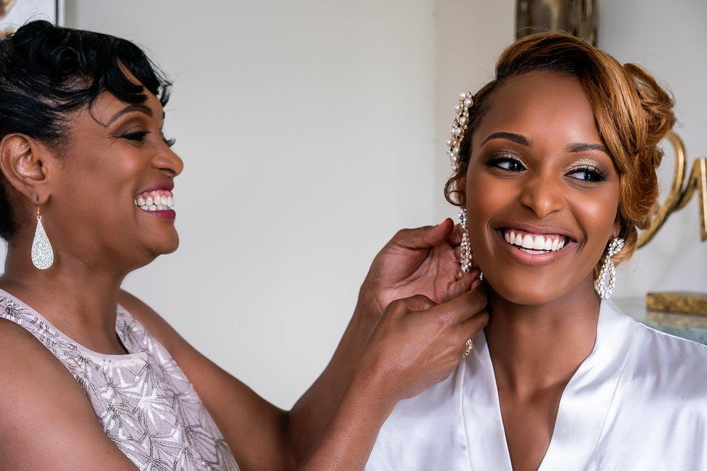 009-christopher-jason-studios-morais-vineyard-winery-virgina-wedding-african-american-bride-and-groom.jpg