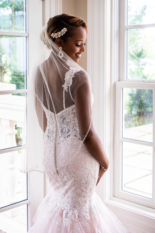 016-christopher-jason-studios-morais-vineyard-winery-virgina-wedding-african-american-bride-and-groom.jpg