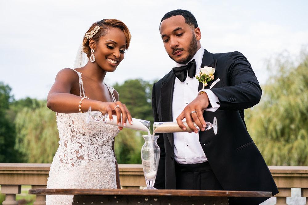 026-christopher-jason-studios-morais-vineyard-winery-virgina-wedding-african-american-bride-and-groom.jpg