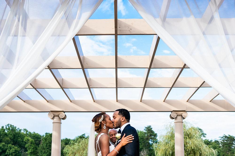 028-christopher-jason-studios-morais-vineyard-winery-virgina-wedding-african-american-bride-and-groom.jpg