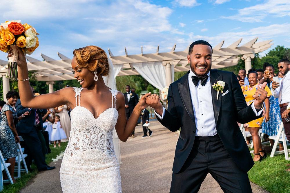 029-christopher-jason-studios-morais-vineyard-winery-virgina-wedding-african-american-bride-and-groom.jpg