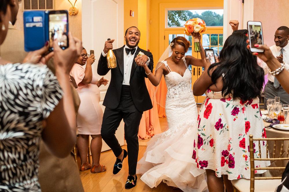 036-christopher-jason-studios-morais-vineyard-winery-virgina-wedding-african-american-bride-and-groom.jpg