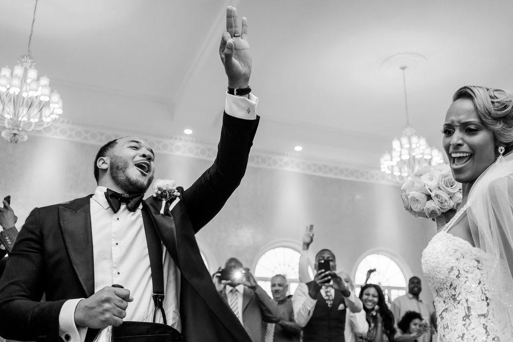 037-christopher-jason-studios-morais-vineyard-winery-virgina-wedding-african-american-bride-and-groom.jpg