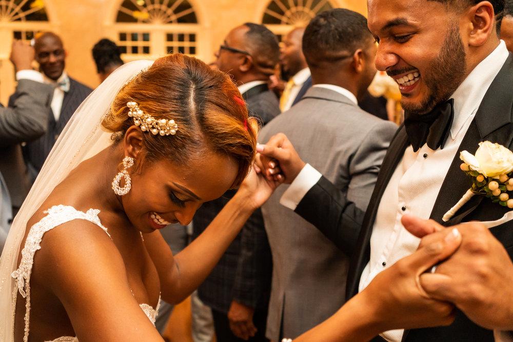 046-christopher-jason-studios-morais-vineyard-winery-virgina-wedding-african-american-bride-and-groom.jpg